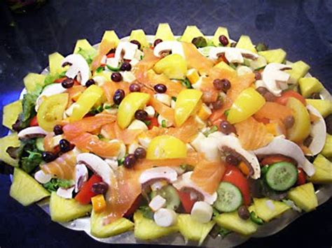cuisiner coeur de porc salade exotique surimi saumon fumé la recette facile par toqués 2 cuisine