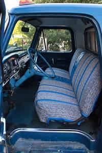 1964 F100 Custom Cab Longbed 3 Speed Column Shift