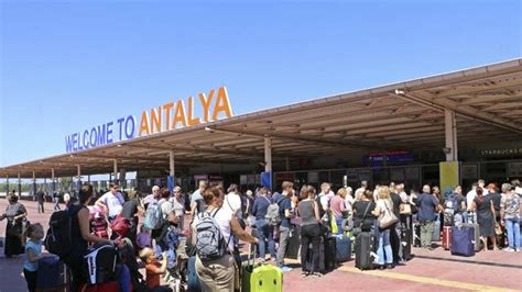 Thomas Cook: Thousands of DIY travellers to profit from ...