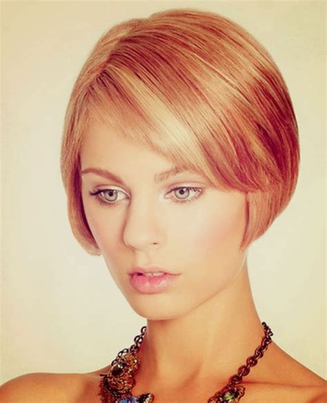 unique short hairstyles  oval faces cool trendy