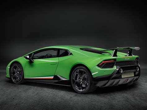 Huracan Performante by Lamborghini Is Rewriting Its History With The Hurac 225 N