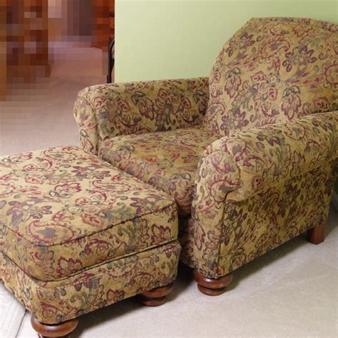 Overstuffed Chairs With Ottoman by Broyhill Overstuffed Upholstered Chair And Ottoman Ebth