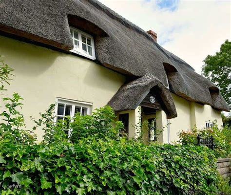 thatched cottage 20 gorgeous thatched cottages