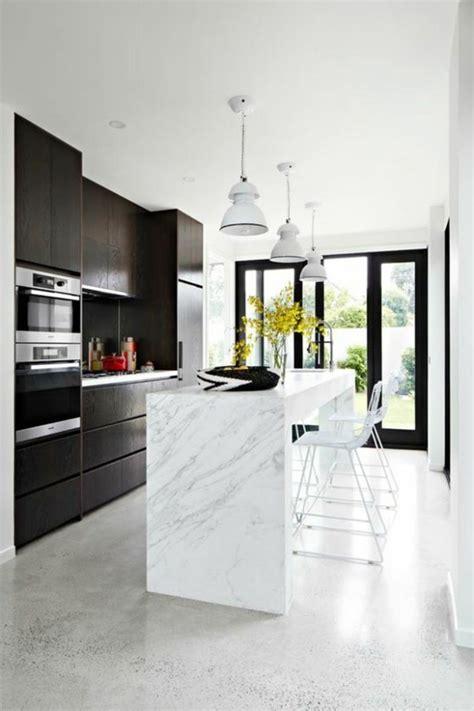 cuisine sol blanc le carrelage en marbre en 42 photos
