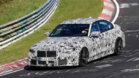 bmw  spied attacking  nuerburgring