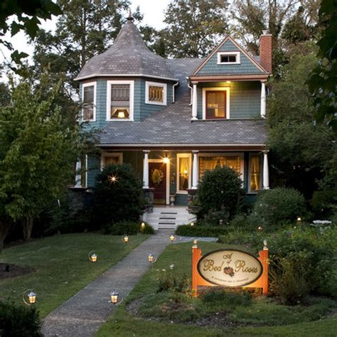 16842 asheville bed and breakfast a bed of roses bed breakfast asheville nc updated