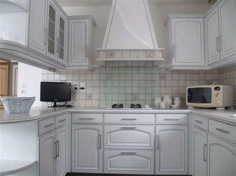 changer le plan de travail d une cuisine relooker sa cuisine en blanc mobilier cuisine