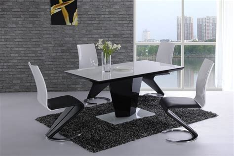 black high gloss glass dining table and 6 chairs