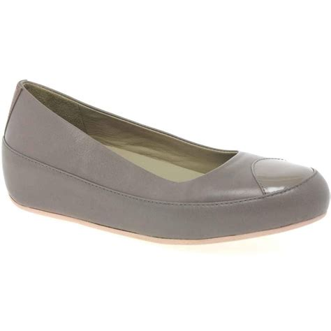 fitflop due leather womens casual shoes women  charles clinkard uk