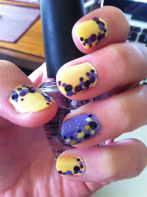 Mauve Color Nail Art