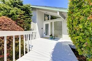 exterieur moderne de maison porche d39entree image stock With porche d entree maison 10 maisons lg bois oregon