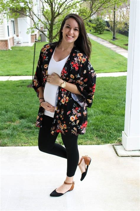 Cute maternity outfit | Maternity Style | Pinterest | Stick it Kimonos and Retail