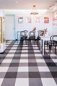 Linoleum Auf Fliesen : vinyl linoleum tiles can actually look good really ~ Lizthompson.info Haus und Dekorationen