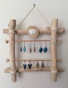 Support à Bijoux : porte boucles d 39 oreilles en bois flott par l 39 atelier de corinne accessoires pour bijoux par ~ Teatrodelosmanantiales.com Idées de Décoration