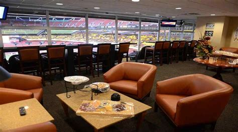 vip access luxury corporate suite skybox