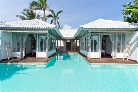 majestic balis water villas    jump