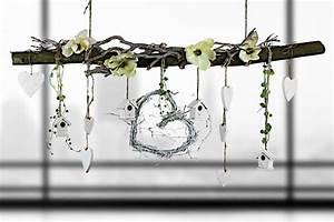 Deko Vögel Zum Aufhängen : ast aus buchenholz zum aufh ngen fr hlingshaft de von creatina deko auf deko ~ Orissabook.com Haus und Dekorationen