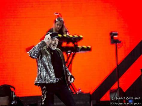 Nuovo Album Di Vasco by Vasco Nuovi Concerti Nel 2019 E Singolo In Autunno
