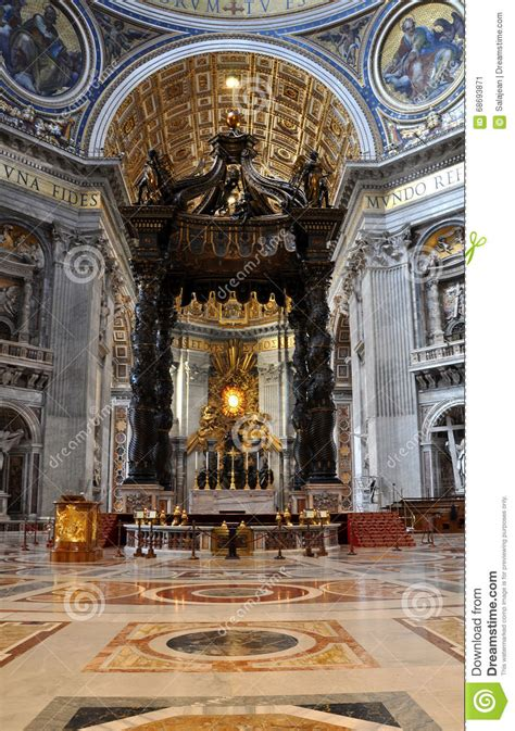Baldacchino By Bernini The Baldachin Altar Made By Bernini In The Basilica San