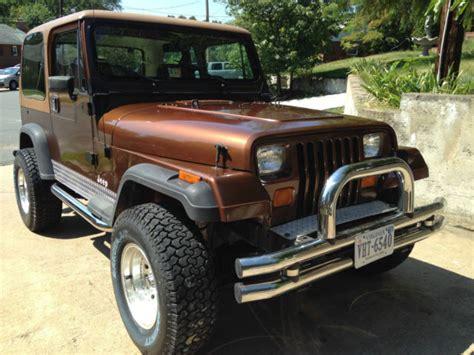 jeep wrangler hard top automatic skyjacker  lift