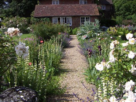 Country Cottage Garden Beautiful Traditional English
