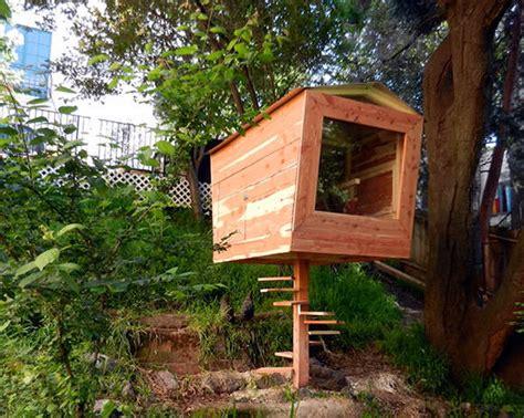 Diy Backyard Chicken Coop by Diy Chicken Coops Even Your Neighbors Will Handmade