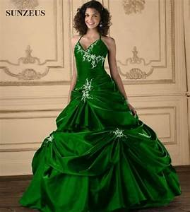 Emerald wedding dress oasis amor fashion for Emerald wedding dress
