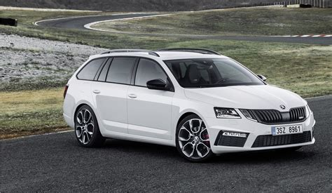 It shares its name with an earlier model produced between 1959 and 1971. Der Skoda Octavia Combi RS 2.0 TSI: Praktische Power - Magazin
