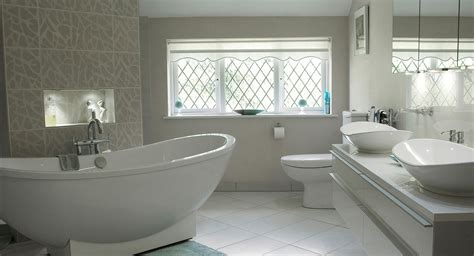 Ensuite Bathroom Sinks by A Beautiful Freestanding Bath By Villeroy Boch Features