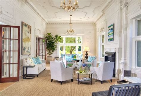5 Tips For Decorating With High Ceilings