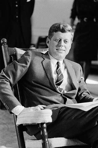 troutman  authentic kennedy presidential rocker