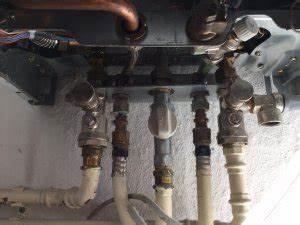 Vaillant Therme Wasser Nachfüllen : vaillant turbotec classic wasser nachf llen ~ Buech-reservation.com Haus und Dekorationen