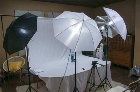 studio lighting product photography white object on