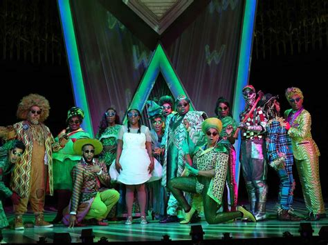 Review: 'The Wiz' Revival Punctuates Possibilities, Power ...