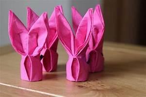 Pliage Serviette Lapin Simple : pliage serviette papier facile et d co p ques avec serviettes ~ Melissatoandfro.com Idées de Décoration