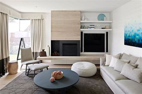 relaxing beach house energizes classic color palette