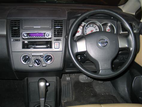 nissan tiida interior 2007 nissan tiida interior pictures cargurus