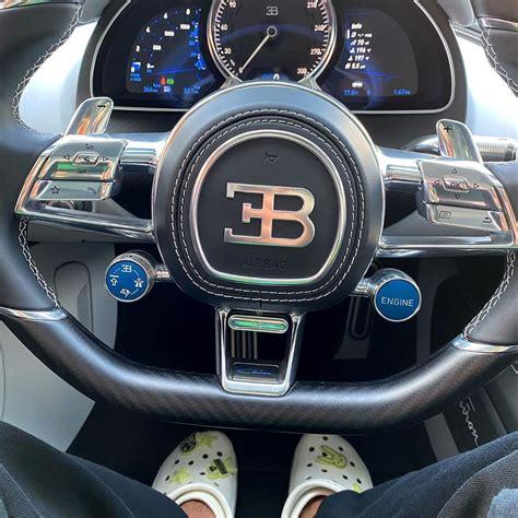 Bad bunny padeció un nuevo los efectos de lo que es ser una superestrella. Bugatti Mania