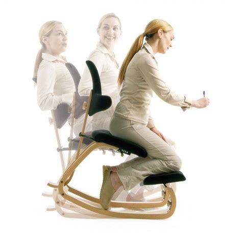 si鑒e assis genoux les 25 meilleures idées concernant siège ergonomique sur chaise en bois fauteuil ergonomique et chaise de plage