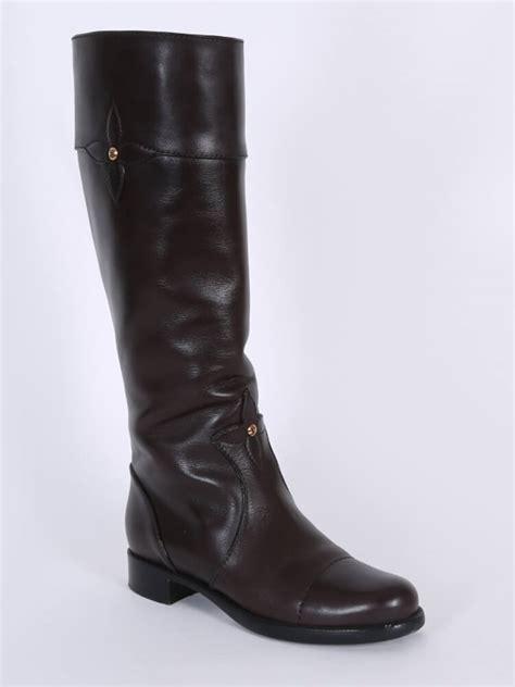 9be519a41ca 750 x 1000 www.luxurybags.eu. Louis Vuitton - Monogram Flower Leather High  Boots ...