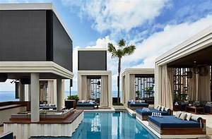 Bali Hotel Luxe : bali s luxe new dayclub is the ultimate fomo spot ~ Zukunftsfamilie.com Idées de Décoration