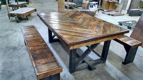 Diy Pallet Chevron Kitchen Table  101 Pallets