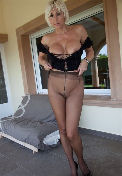 Jan Burton Milf In Tights 20 Pics