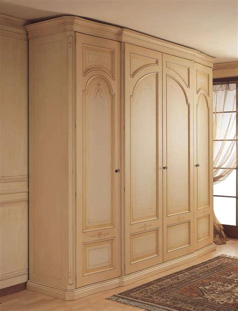 wardrobe  curved side doors  classical bedroom