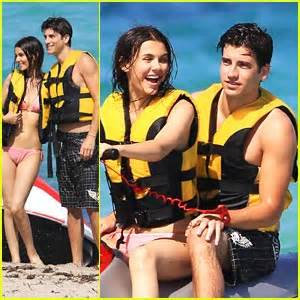 Victoria Justice & Ryan Rottman: Miami Mates | Ryan ...