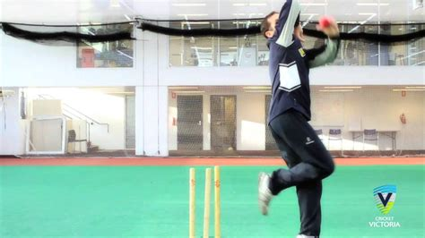bowling spil bowling how to bowl finger spin cricket bowling tips