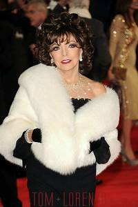 "Joan Collins at the ""Spectre"" Royal World Premiere 