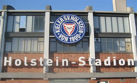 We would like to show you a description here but the site won't allow us. Holstein Kiel - Wikiwand