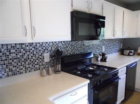 black glass tiles for kitchen backsplashes 10sf black