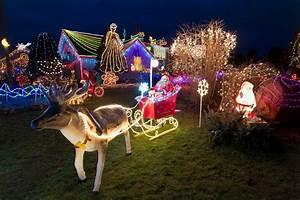 Christmas Lights In River Oaks Houston Texas Visit The Best Places For Christmas Lights In Houston